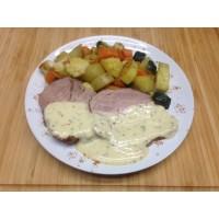 Roti de porc sauce moutarde à l'ancienne et farandole de légumes