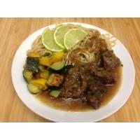 Mijoté de bœuf citron vert et coriandre, nouilles chinoise et courgettes