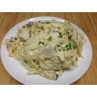 Spaghettis carbonara végétarienne et parmesan