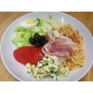Salade Italienne Tortis Au Pesto Jambon Cru Olives Et Mozza