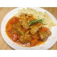 Sauté de veau marengo, tortellinis et petits légumes