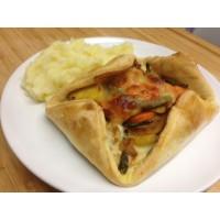 Panier de légumes tomate poivrons oignons mozza et pommes sablées (à manger chaud ou froid)*