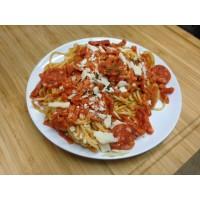 Spaghettis tomates basilic et steak végétarien au fromage